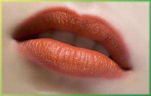 макияж губ
